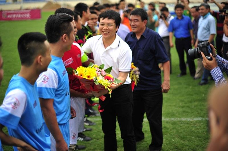 Sau gần 30 ngày tranh tài sôi nổi và đầy quyết liệt, 31 đội bóng đá báo chí từ hai miền Nam – Bắc đã hoàn thành toàn bộ phần thi đấu của mình và chính thức phân định ngôi vị cuối cùng của mùa giải.