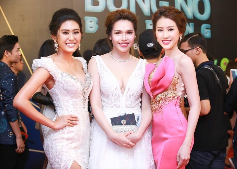 Đây là lần đầu tiên cô tham dự sự kiện tại TP Hồ Chí Minh.