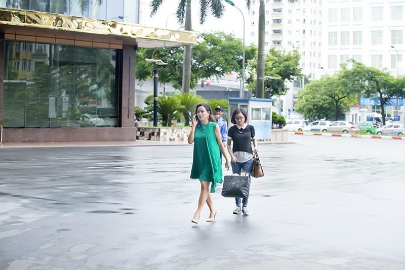 Hiện tại, Lưu Hương Giang đang tạm gác lại nhiều công việc cũng như kế hoạch của mình để dành thời gian toàn tâm toàn ý chăm sóc hai cô công chúa nhỏ và gia đình.