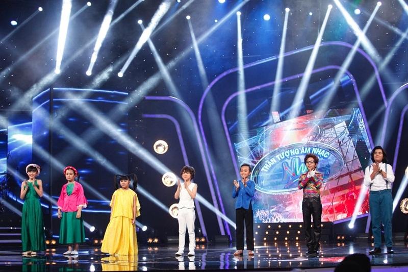 Hồ Văn Cường dẫn đầu tỉ lệ bình chọn áp đảo là 86,14% và đi tiếp vào vòng trong.