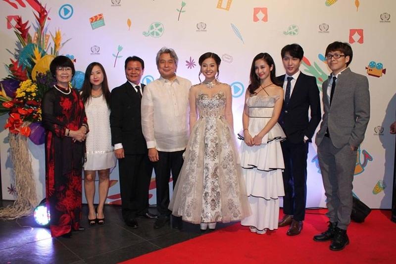 Đoàn Việt Nam tham dự Liên hoan phim quốc tế.
