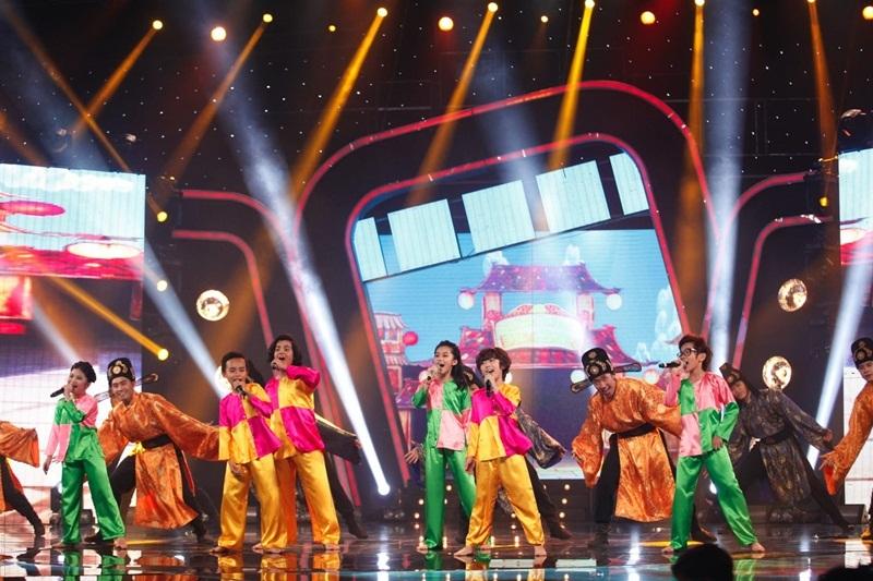"""Nhóm 365 mang hit phim """"Tấm Cám"""" đến Idol Kids, Hồ Văn Cường hát nhạc trẻ - 6"""