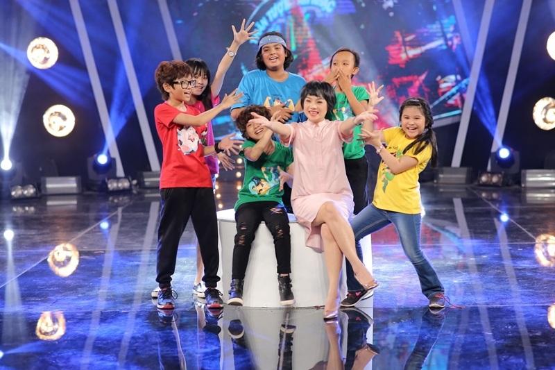 Trong tuần liveshow chủ đề Những bài hát Dân gian, Ngọc Khuê là ca sĩ khách mời hướng dẫn top 6.