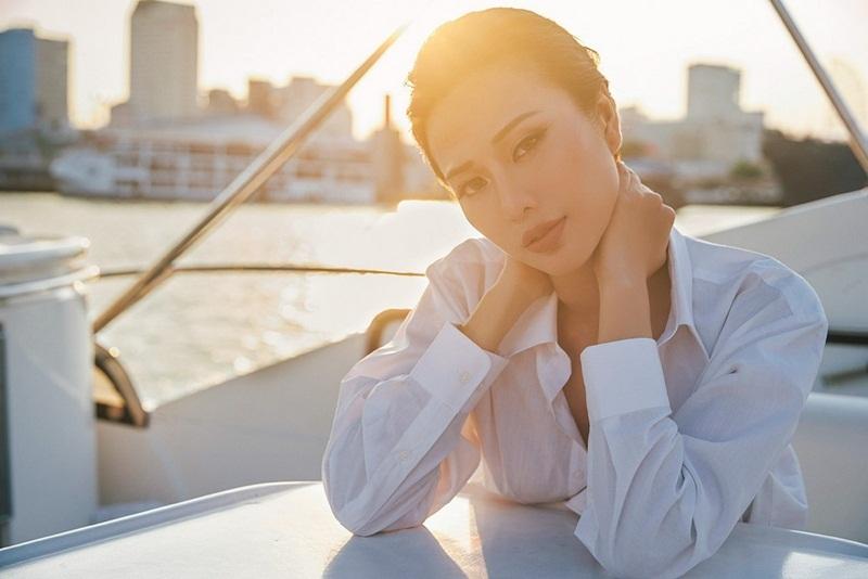 Hoa hậu Điện ảnh Huỳnh Yến Trinh trẻ trung phối đồ phong cách cá tính - 15