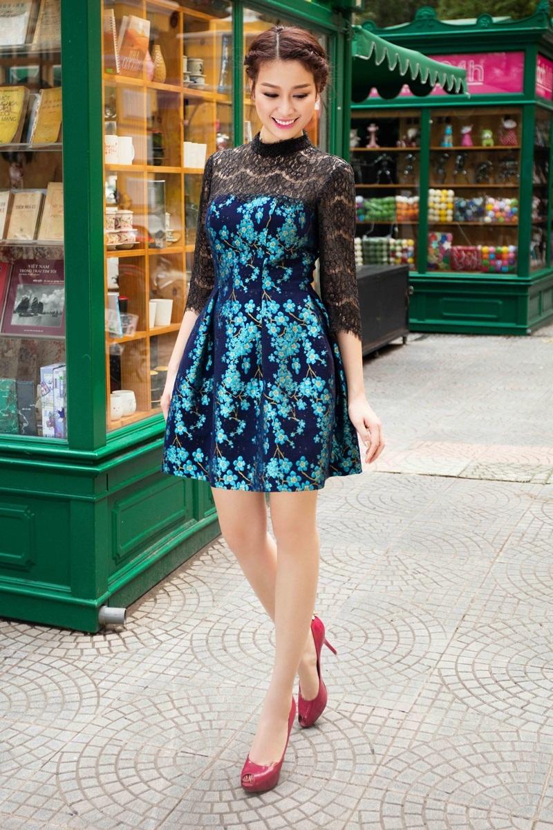Hoa khôi Trương Tùng Lan khoe vóc dáng với váy ren điệu đà - 3