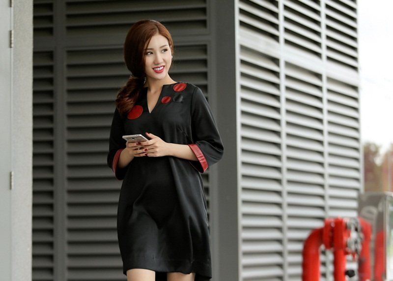 Á hậu Bảo Như rạng ngời xuống phố với trang phục bình dân - 14