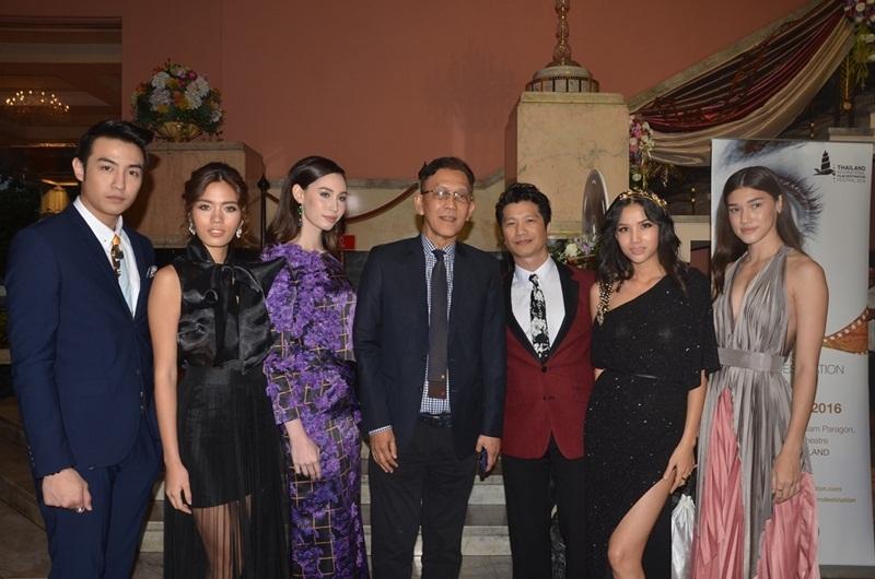 Dustin Nguyễn hi vọng sau chuyến đi này, anh sẽ tìm được nhiều cảm hứng mới trong việc sản xuất phim và một ngày gần nhất, điện ảnh Việt Nam có thể vươn xa như điện ảnh Thái Lan.