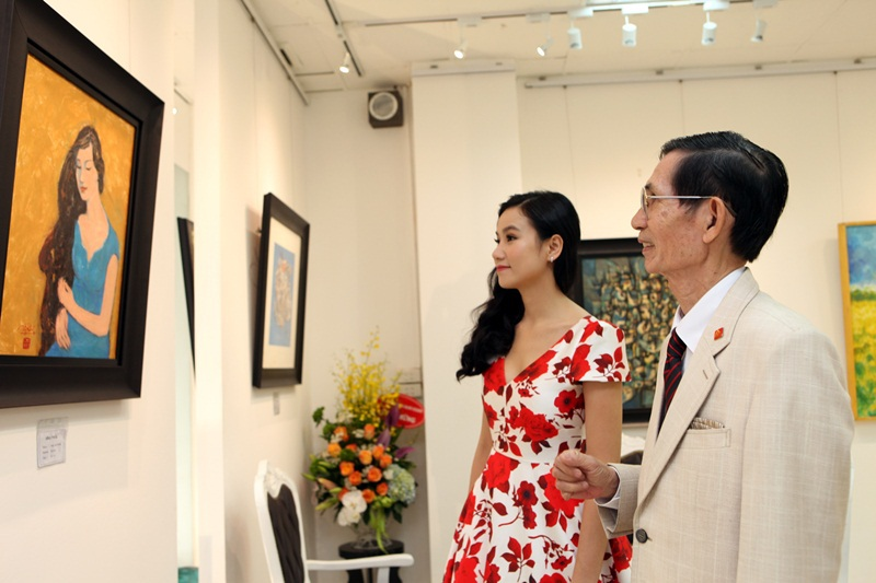Lương Giang là học trò của họa sĩ Vĩnh Phối - một họa sĩ nổi tiếng và có uy tín cao trong giới mỹ thuật Việt Nam. (Ảnh: Dân Hùng).