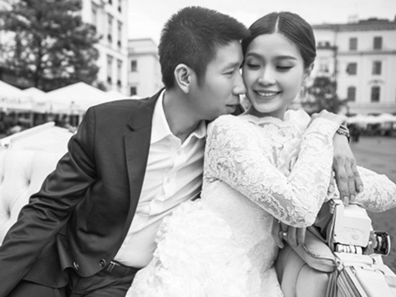 Cuối tháng 12/2015, Diễm Trang lên xe hoa với bạn trai lâu năm.