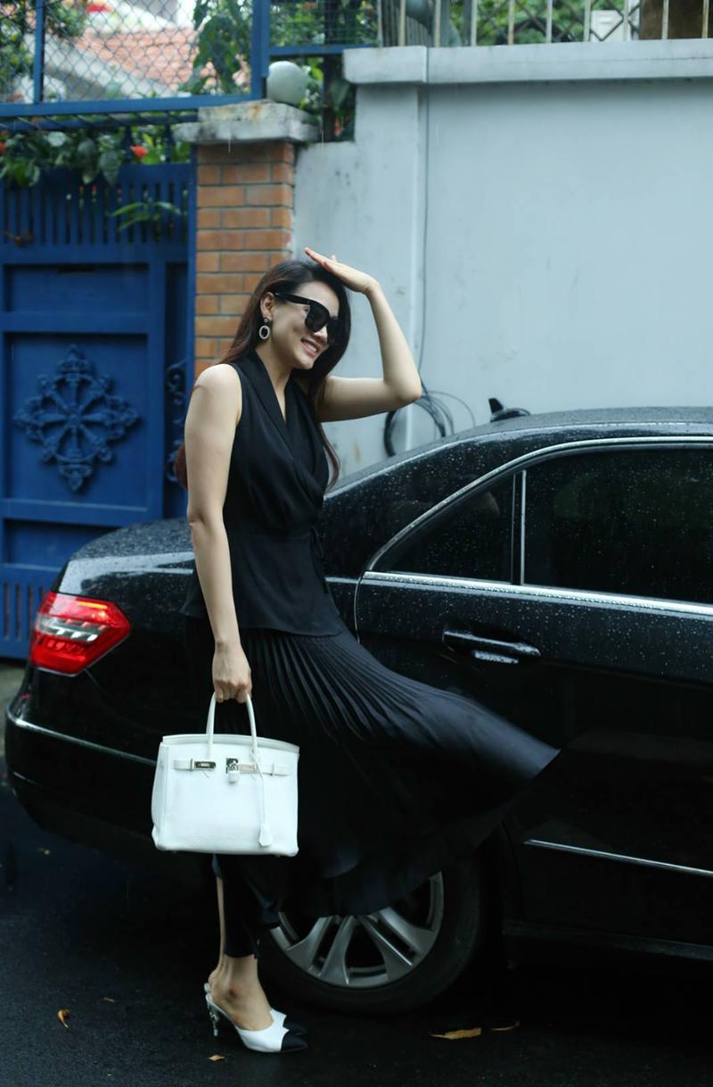 Năm 2006, Trang Nhung lọt vào top 15 siêu mẫu thế giới.