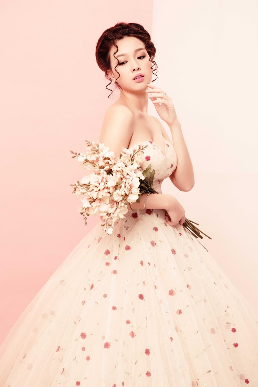 Hoa khôi Trương Tùng Lan hóa cô dâu mong manh - 12