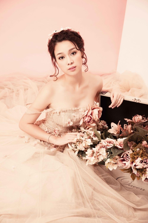 Hoa khôi Trương Tùng Lan hóa cô dâu mong manh - 14