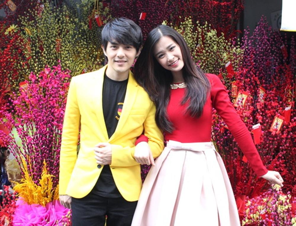 2014 là năm lên ngôi của những set đồ color block và phong cách thời trang của cặp đôi cũng không nằm ngoài xu hướng đó.