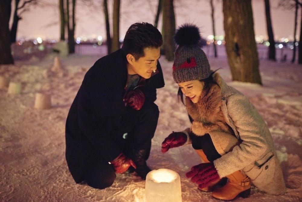 Phải di chuyển tới thành phố Sapporo - thành phố thủ phủ và cũng là thành phố lớn nhất tỉnh Hokkaido, Nhật Bản, cả hai phải diện trang phục rất dày để chống chọi với nhiệt độ Nhật Bản rất lạnh và có tuyết rơi.