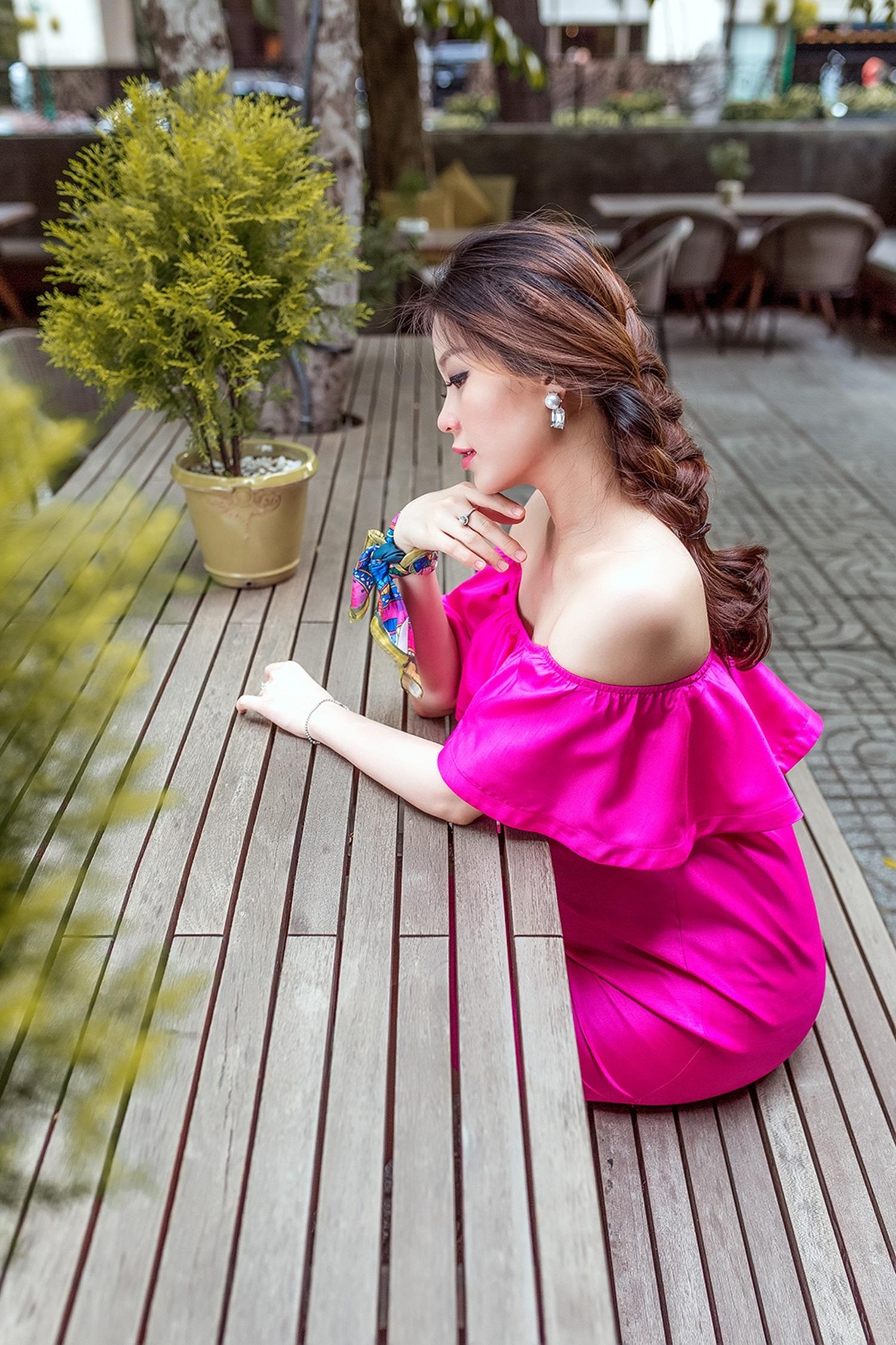 Diễm Trang và ông xã kết hôn vào cuối năm 2015, sau khi đám cưới cô nhanh chóng đón tin vui với chồng.