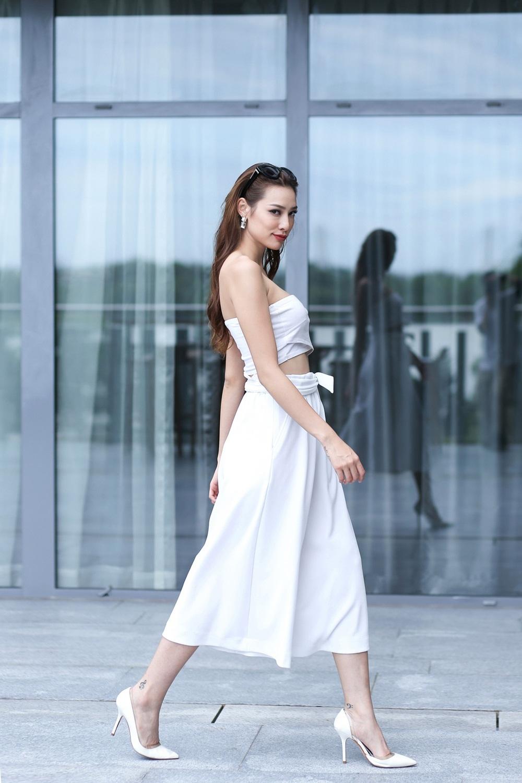 Ấn tượng Lily Nguyễn để lại với người hâm mộ không chỉ là tính cách thẳng thắn, thú vị, hài hước mà đặc biệt là thần thái và tác phong làm việc chuyên nghiệp của cô.