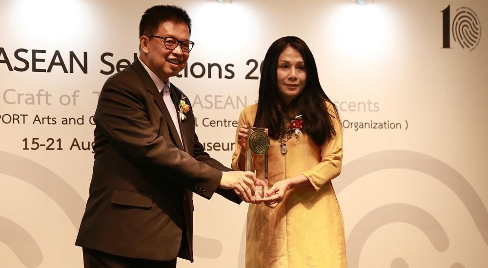 NTK Minh Hạnh được nhận giải Asean Selection.