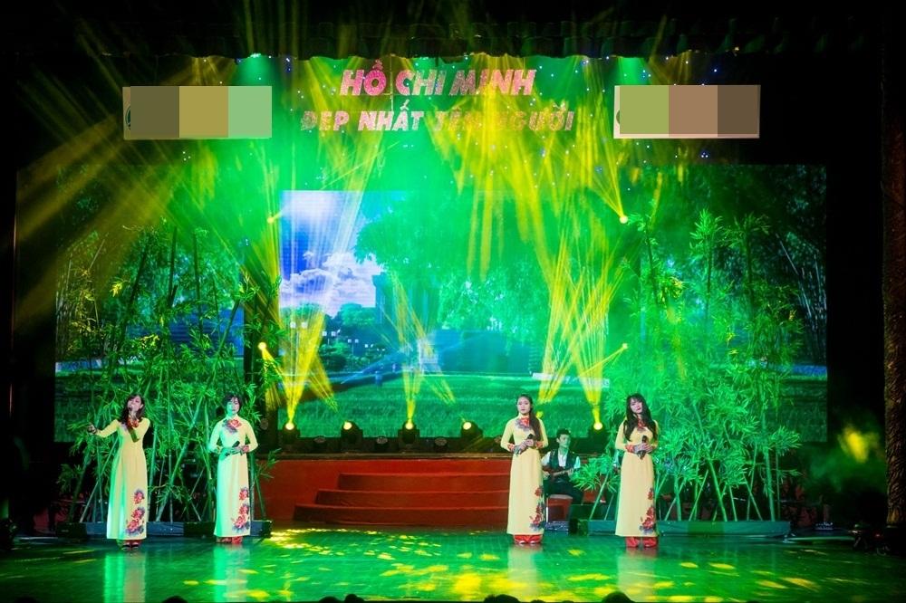 Ngoài các nghệ sĩ lừng danh còn có sự góp mặt của những ca sĩ trẻ như Quốc Huy, Tiến Hưng, Quỳnh Trang và các nghệ sĩ của các nhà hát cùng dàn hợp xướng.