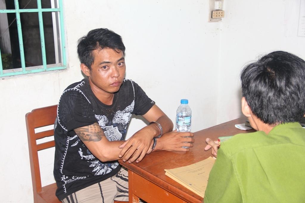 Sau thời gian dài điều tra theo dõi, cơ quan chức năng đã bắt giữ nhóm đối tượng hoạt động theo kiểu xã hội đen do Huỳnh Văn Tèo cầm đầu