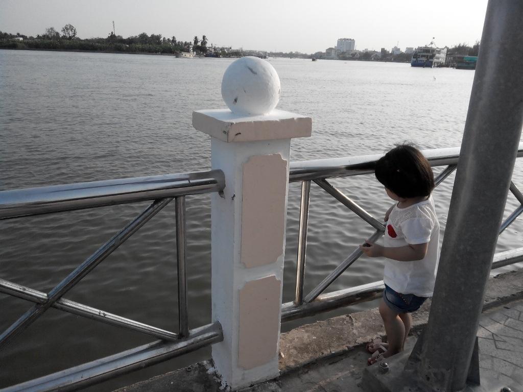 Cận cảnh cây cầu đi bộ đầu tiên ở miền Tây - 12