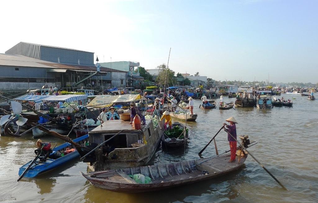 Trong những điểm thu hút khách du lịch đến tham quan trên địa bàn TP Cần Thơ thì Chợ nổi Cái Răng là địa điểm mà du khách đến tham quan đông nhất