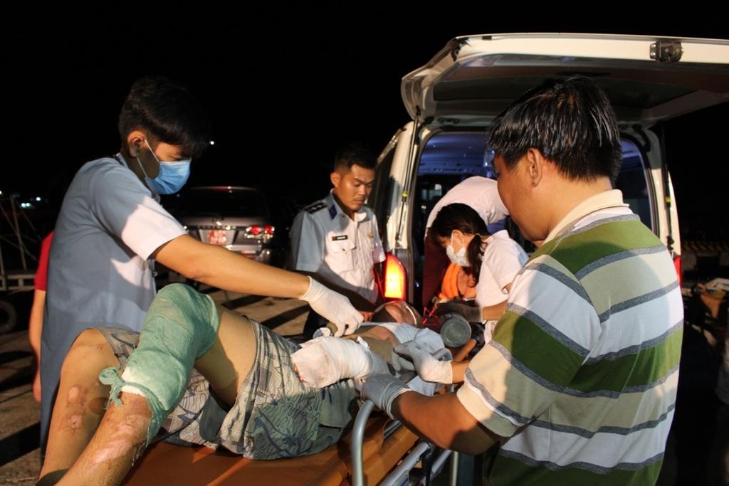 Qua 2 ngày nỗ lực tìm kiếm, các lực lượng đã tìm thấy 3 ngư dân mất tích trong vụ nổ tàu cá ở Phú Quốc.