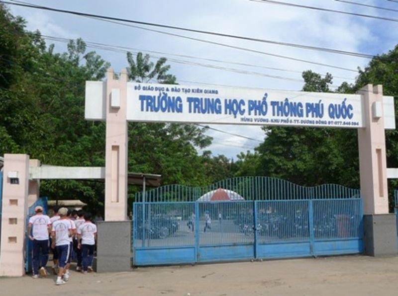Điểm thi 2 trong 1 tại Phú Quốc được đặt tại trường THPT Phú Quốc.