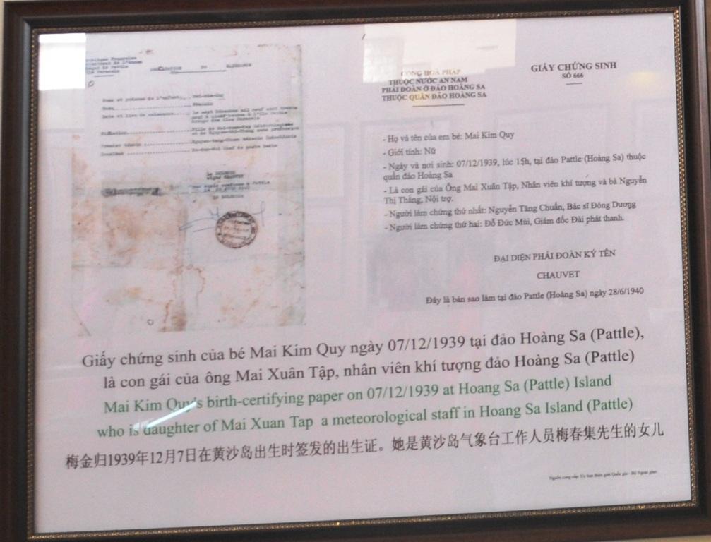 Giấy chứng sinh của bé Mai Kim Quy ngày 07/12/1939 tại đảo Hoàng Sa