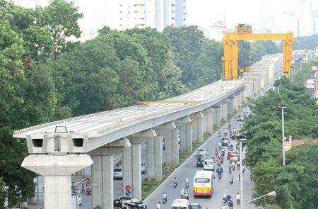 Dự án đường sắt đô thị Hà Nội khiến cả người dân và Chính phủ phát sốt vì tiến độ ì ạch, đội vốn lớn, nhiều vấn đề phát sinh.
