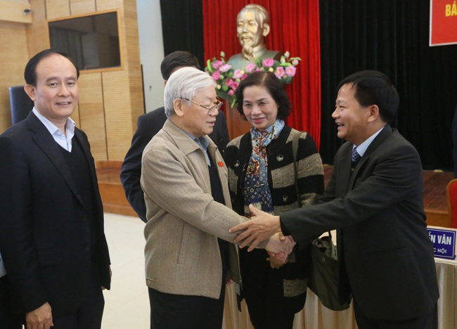 Tổng Bí thư Nguyễn Phú Trọng tại cuộc tiếp xúc cử tri sáng 8/12.