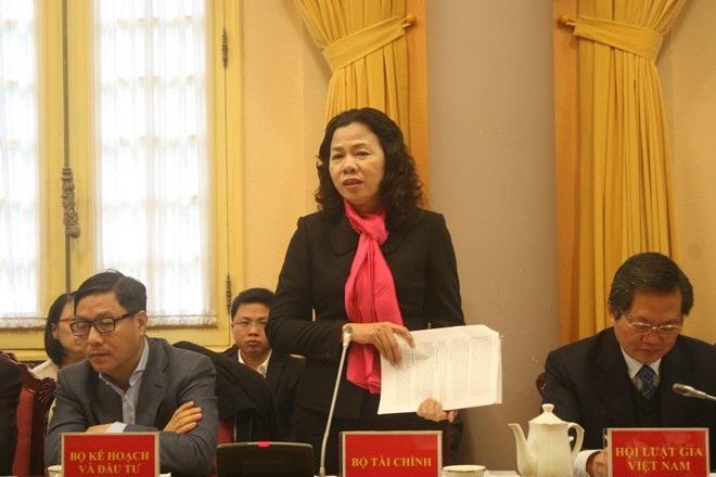 Thứ trưởng Bộ Tài chính Vũ Thị Mai khẳng định việc lập 2 hệ thống sổ sách kế toán tài chính là hành vi bị nghiêm cấm.