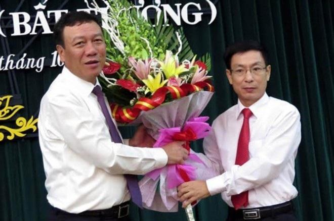 Ông Phạm Đình Nghị (phải) được Thủ tướng phê chuẩn làm Chủ tịch UBND tỉnh Nam Định và Bí thư Tỉnh uỷ tỉnh này.