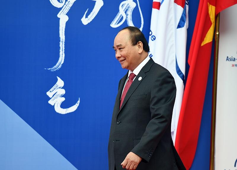 Thủ tướng Nguyễn Xuân Phúc tham dự Hội nghị ASEM 11 (Ảnh: Chinhphu.vn).