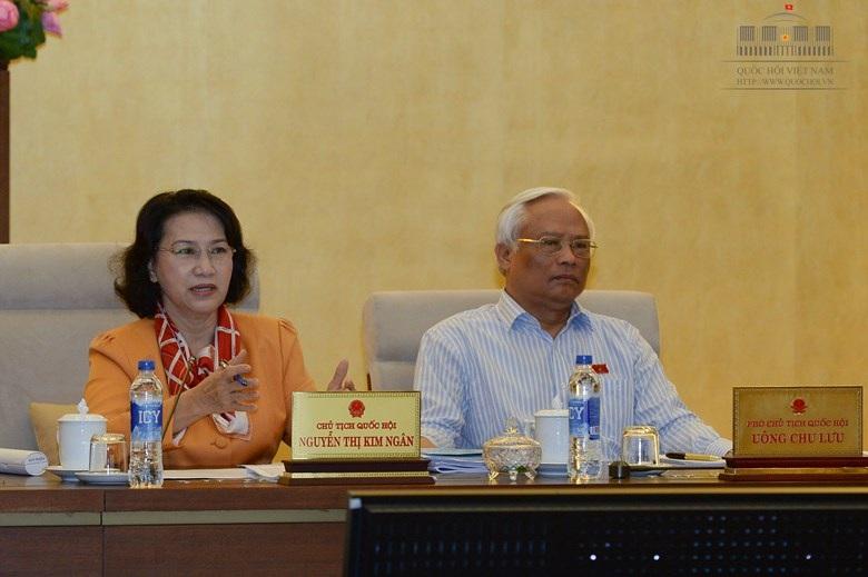 Chủ tịch Quốc hội Nguyễn Thị Kim Ngân yêu cầu làm rõ trách nhiệm của các cơ quan trong việc chi tiêu sai nguyên tắc tại dự án hồ Tả Trạch (ảnh: Quochoi.vn).