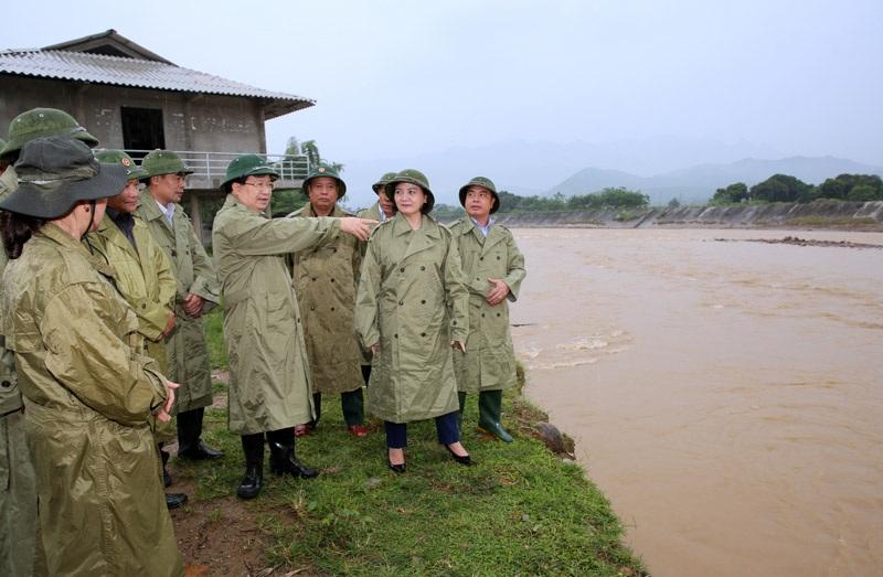 Phó Thủ tướng: Cần lập bản đồ chi tiết khu vực sạt lở đất, lũ quét - 1