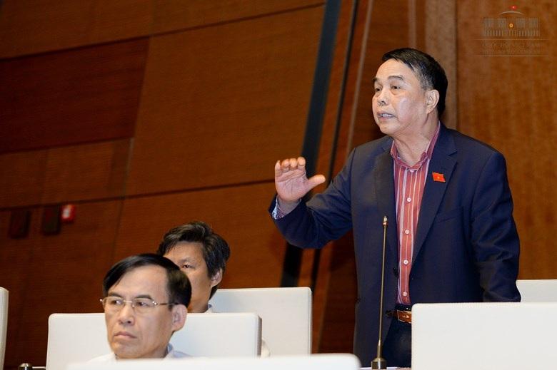 Tướng Lê Việt Trường là Phó Chủ nhiệm UB Quốc phòng và An ninh Quốc hội khoá XIII.