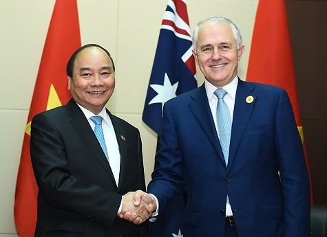 Thủ tướng Việt - Úc có cuộc hội kiến thân mật tại Lào