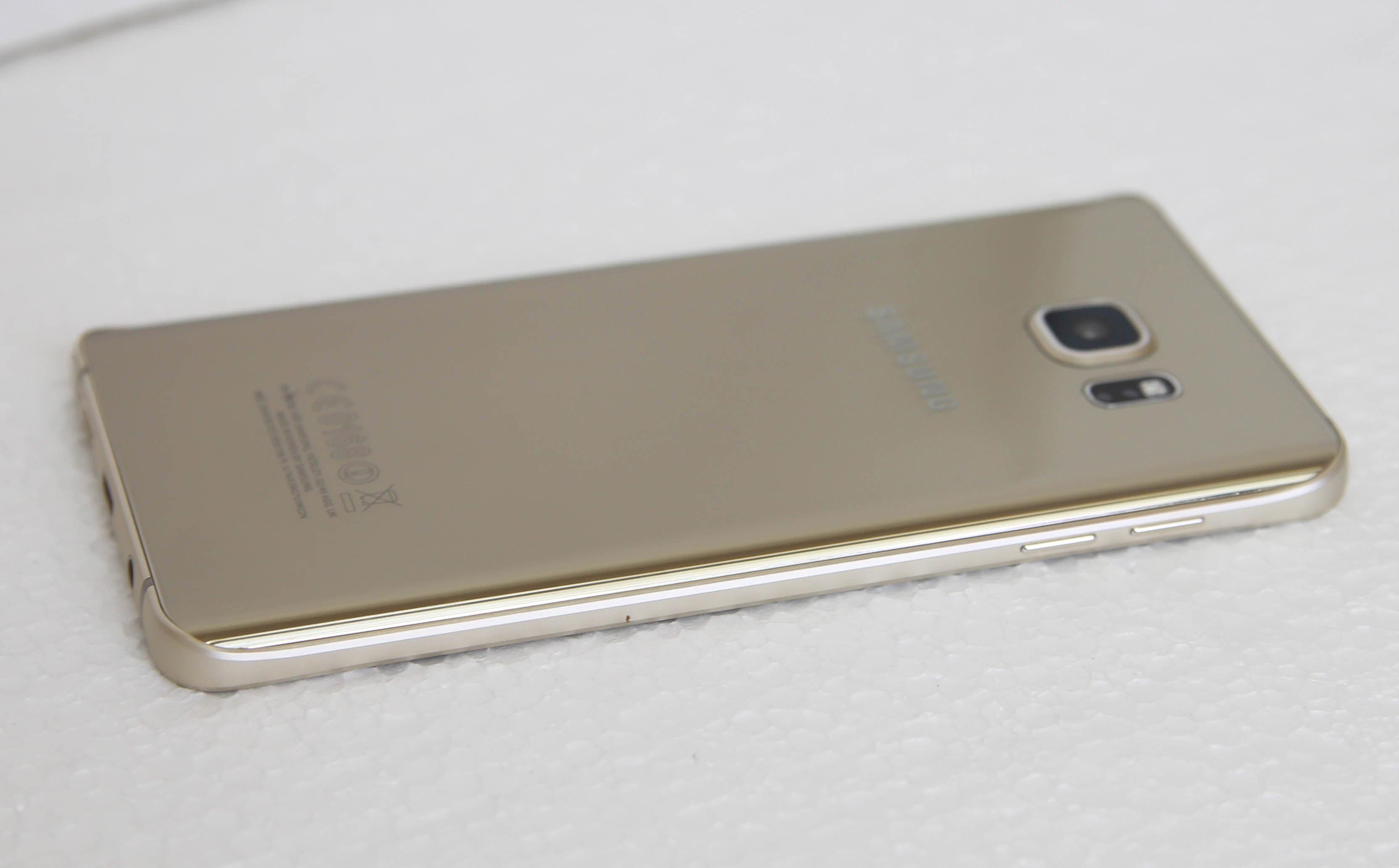 Đánh giá điện thoại Samsung Galaxy Note 5 - 1