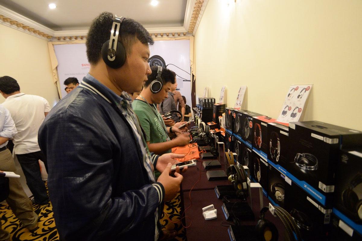 Săn đồ hi-end giảm giá tại Triển lãm thiết bị âm thanh Vietnam AV Show 2016 - 10