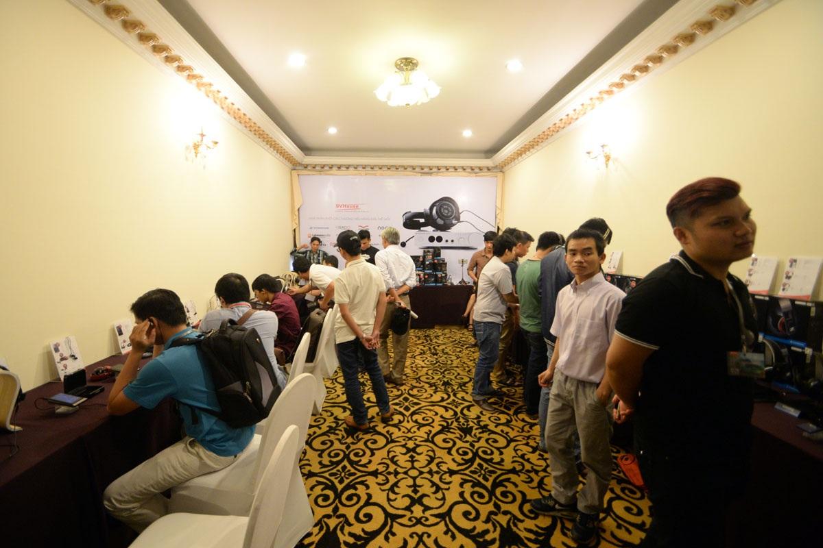 Săn đồ hi-end giảm giá tại Triển lãm thiết bị âm thanh Vietnam AV Show 2016 - 4