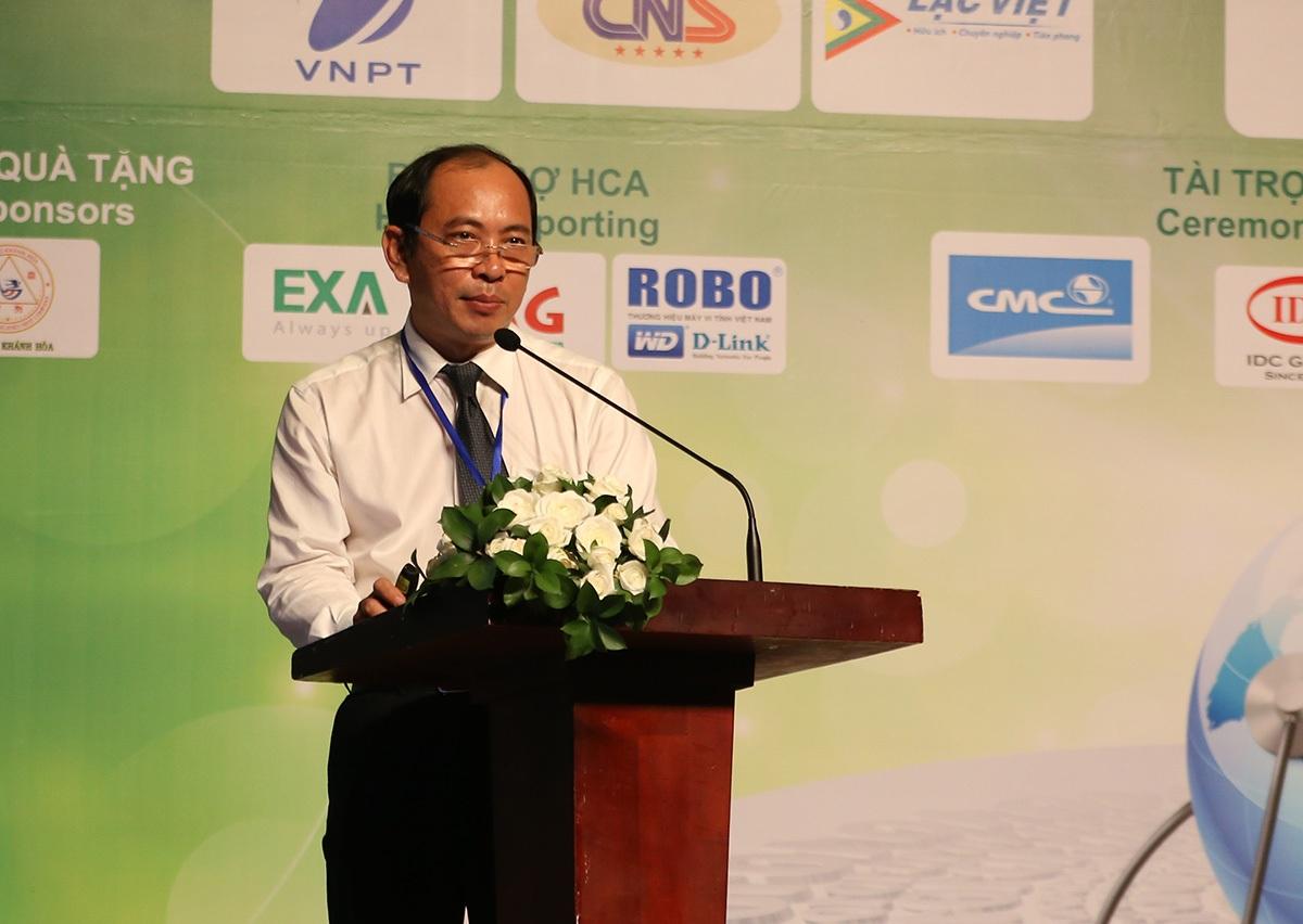 Tiến sĩ/ bác sĩ Tăng Chí Thượng, Phó giám đốc Sở Y tế TPHCM
