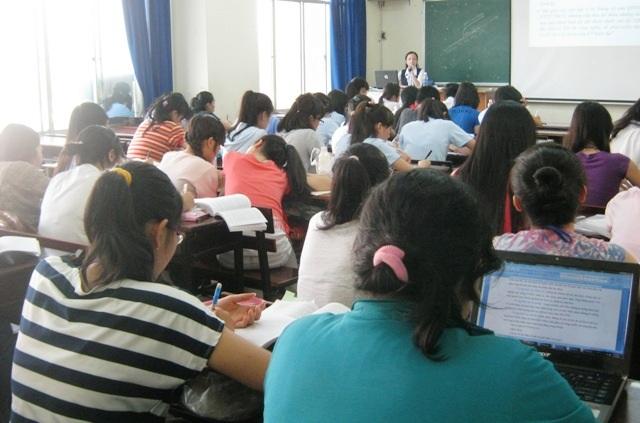 Nhiều sinh viên gặp khủng hoảng, bế tắc ở trường đại học
