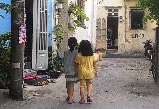 Ngược lại, nhiều đứa trẻ được thả rông cũng rất nhiều mối nguy cơ khi các em thiếu kỹ năng bảo vệ an toàn cho bản thân (ảnh minh họa)