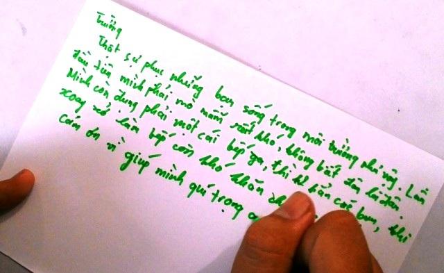 Cảm ơn vì đã giúp mình biết quý trọng cuộc sống - một dòng cảm xúc của Trường, một bạn trẻ tham gia triển lãm