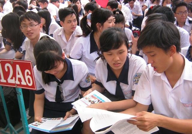 Học thêm để thi là nhu cầu có thực của học sinh, đặc biệt là học sinh cuối cấp