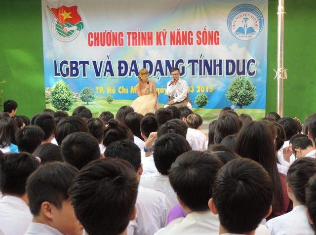Chuyên đề cung cấp kiến thức về đa dạng tính dục diễn ra tại Trường THPT Nguyễn Thị Diệu, TPHCM