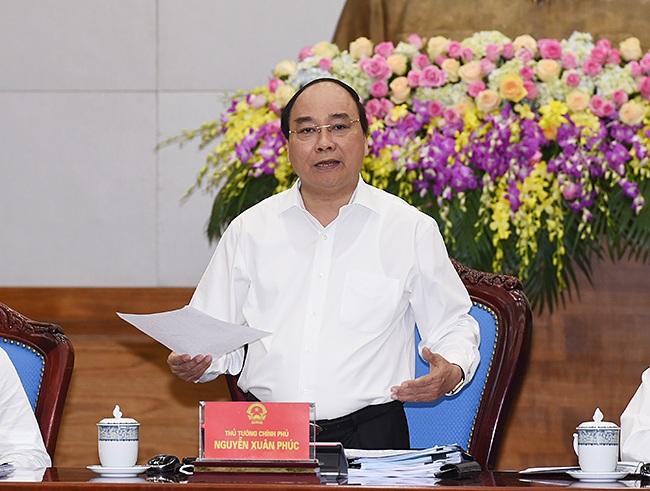 Thủ tướng Nguyễn Xuân Phúc phát biểu chỉ đạo tại phiên họp Chính phủ thường kỳ tháng 4/2016. Ảnh: VGP