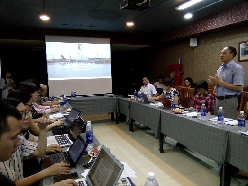 Toàn cảnh tọa đàm về chất thải công nghiệp đang diễn ra tại Hà Nội sáng nay