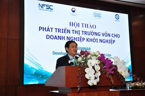 Phó Thủ tướng Vương Đình Huệ phát biểu tại hội thảo Phát triển thị trường vốn cho doanh nghiệp khởi nghiệp ngày 7/6