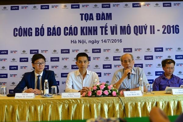 Các chuyên gia trao đổi về các vấn đề kinh tế 6 tháng đầu năm tại Tọa đàm do VEPR tổ chức chiều 14/7